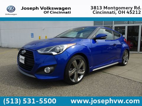 Pre-Owned 2013 Hyundai Veloster Turbo w/Black Int